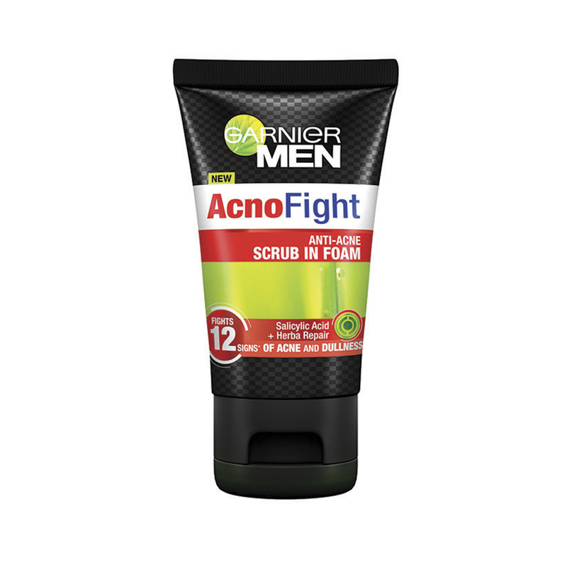 Garnier Men Acnofight Anti-Acne 12-in-1 Scrub in Foam, 100ml