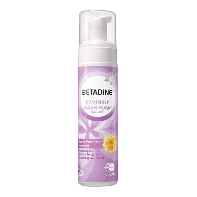 Betadine Daily Feminine Wash Foam Gentle Protection Immortelle, 200ml
