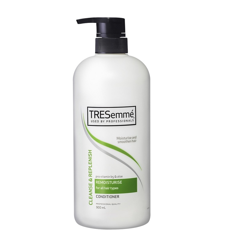 TRESemme Remoist Conditioner 900mL